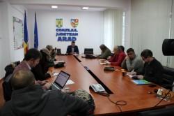 """Sergiu Bîlcea: """"Din ianuarie, 35% dintre abonaţii transportului în comun din judeţ plătesc abonamente mult mai ieftine"""""""