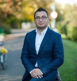 Deputatul de Arad Glad Varga critică atitudinea Avocatului Poporului față de legea care interzice condamnatilor sa ocupe funcții in Guvern