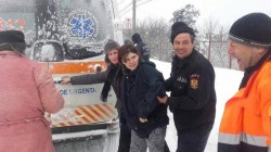 COPIII ZĂPEZILOR ! De când au început ninsorile, viscolul și gerul mai mulți copii S-AU NĂSCUT ÎN AUTOSPECIALELE ISU! (FOTO)