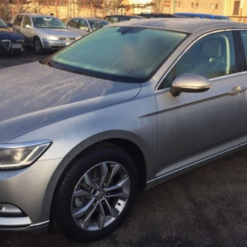 Volkswagen Passat, în valoare de 30.000 de euro, căutat pentru confiscare, descoperit de Poliţia de Frontieră Arad