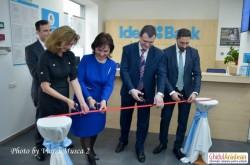 O nouă bancă şi-a deschis porţile pentru arădeni.  Idea Bank  a deschis a 34-a sucursală din ţară la Arad