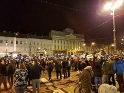5000 de arădeni în stradă la prosteste în a patra seară consecutivă!