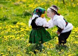 De Dragobete, iubeşte româneşte