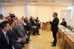 Ministrul Sănătăţii, întâlnire cu medicii arădeni