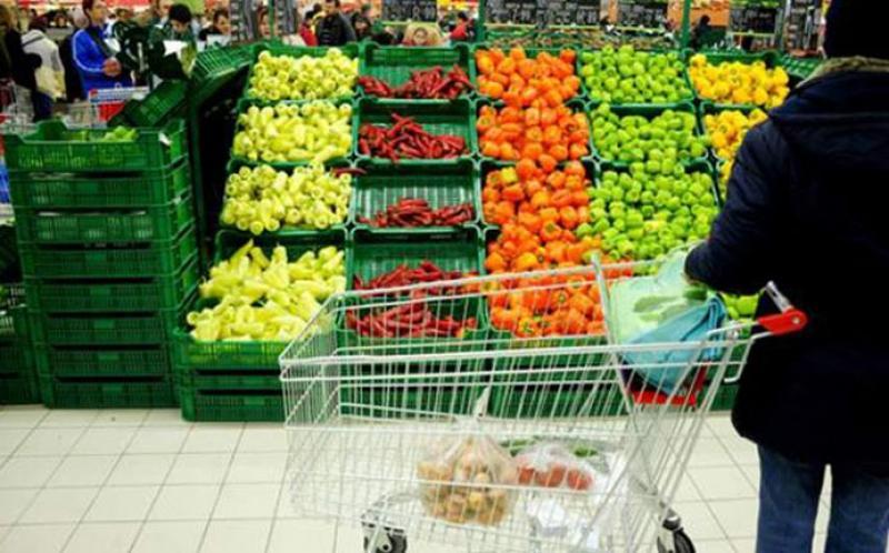"""Deputaţii  schimbă legea """"51% produse româneşti în magazine"""""""