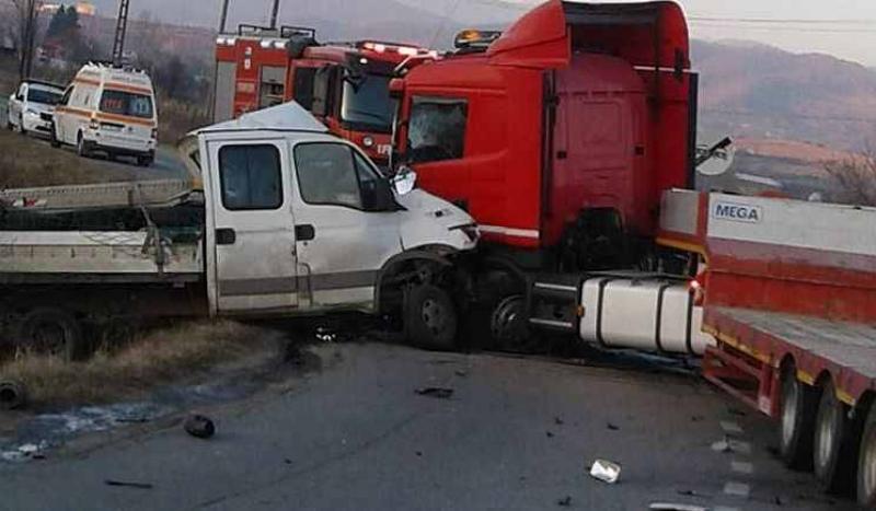Accident mortal pe şoseaua Arad-Oradea ! Un bărbat de 52 de ani a murit !