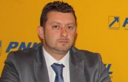Călin Abrudan, primarul Ineului candidează la şefia PNL Arad împotriva lui Falcă: să terminăm cu dictatura din partid !