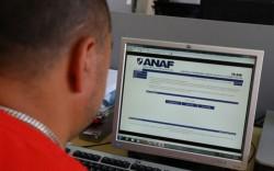 """ANAF  """"s-a pus"""" pe datornici dar """"trage cu ochiul"""" şi la românii plecaţi la muncă în străinătate"""