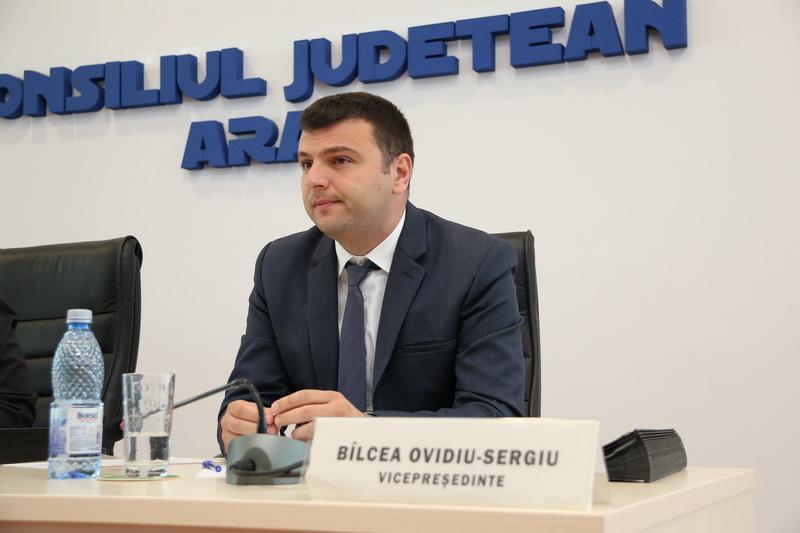 Aprox. 50 km de drumuri județene din Arad, reabilitate printr-un proiect transfrontalier de 13,5 milioane de euro!