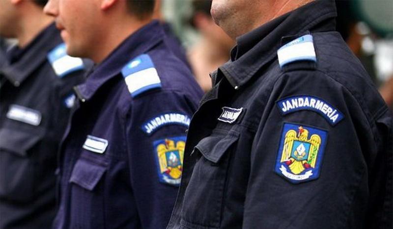 Jandarmii arădeni asigură ordinea publică, de sărbători