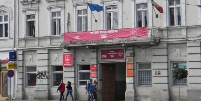 """Parlamentarii PSD Arad: """"Am adus zeci de milioane de lei Aradului, pentru ca Falcă și ai lui să aibă ce fura"""""""