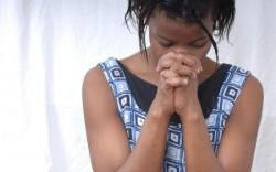 Tradiţii care te şochează! Vezi cum îşi păstrează virginitatea fetele din Africa!