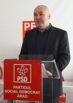 Ioan Gligor (PSD) : PNL Arad a reuşit să transforme aeroportul într-un cadavru viu