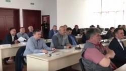 Scandal în Joia Mare în şedinţa de la Consiliul Judeţean. Protagonistul, consilierul judeţean PSD Sulincean (VIDEO)