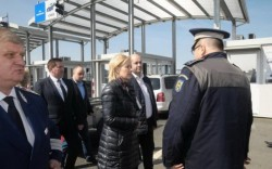 Vizită fulger a ministrului de interne la PTF Nădlac II