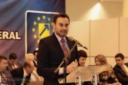 Gheorghe Falcă ales pentru un nou mandat de preşedinte al PNL Arad (Galerie FOTO)