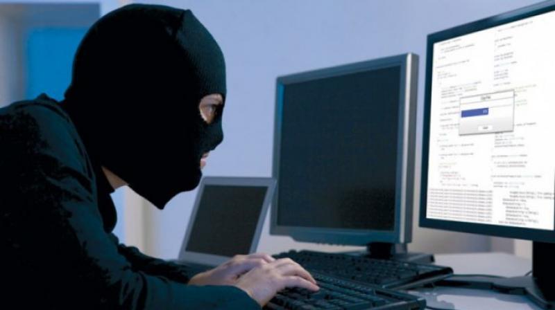 Două atacuri cibernetice de mare amploare sunt în desfășurare
