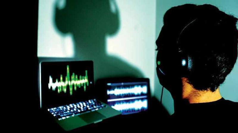 Arădenii ascultați fără probleme ! Cererile de interceptări telefonice au fost aprobate de Instanță !