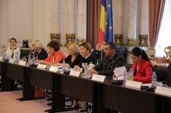 """Adrian Wiener, unul din moderatorii conferinței naționale """"Egalitatea de gen: Test pentru democrație"""""""