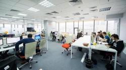 Propunere legislativă: Românii să muncească doar 4 zile pe săptămână, cu un program de 10 ore, zilnic