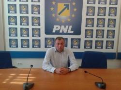 """Florin Mariș (PNL): """"Domnilor parlamentari PSD, ce vă reține să definitivați pasajele?!"""""""