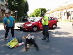 Accident grav la intersecţia Andrei Mureşan cu Augustin Doinaş, două victime au ajuns la spital