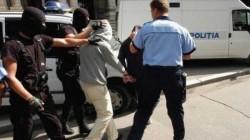 Patru urmăriți internațional depistați de polițiști arădeni