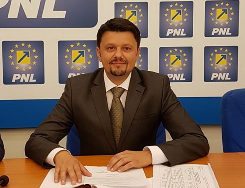 """Ionel Bulbuc (PNL): """"Iată că Vărcuş este făcut poştă! Director la Poştă"""""""