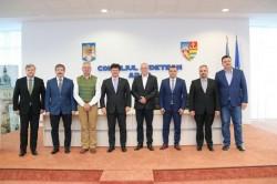 Opt președinți de Consilii Județene, din România și Ungaria, la Arad!