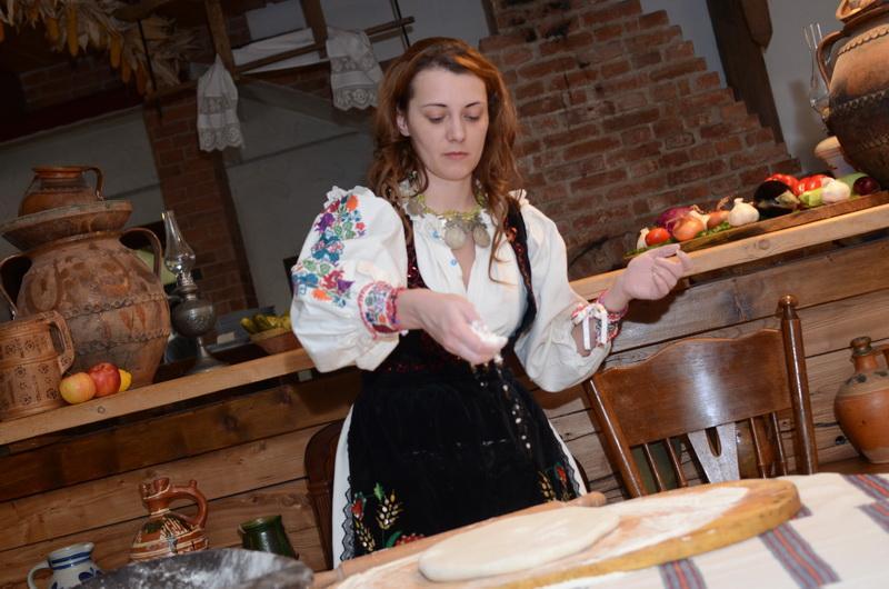 Reţeta săptămânii: Plăcintă Stoarză cu brânză - de Alina Bucatoş