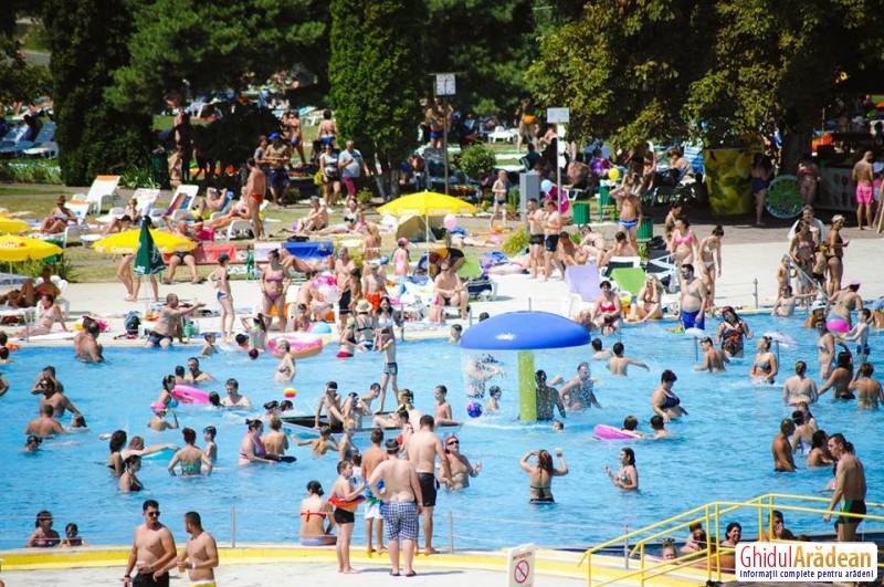 Nou record pentru acest sezon! Nu mai puţin de 20.000 de vizitatori au mers la Ştrandul Neptun în acest weekend!