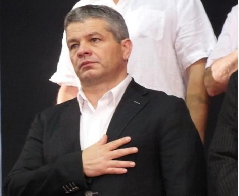 PSD se laudă cu realizările guvernului tehnocrat. Ministrul Sănătăţii Florian Bodog, prins cu minciuna