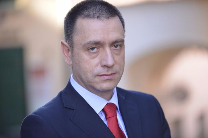 Ministrul Economiei, Mihai Fifor, dă o lovitură grea  patronatelor. Mii de muncitori riscă să rămână fără locuri de muncă