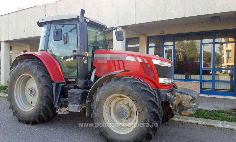 Cu tractorul furat din Italia oprit în vama Borş de Poliţia de Frontieră