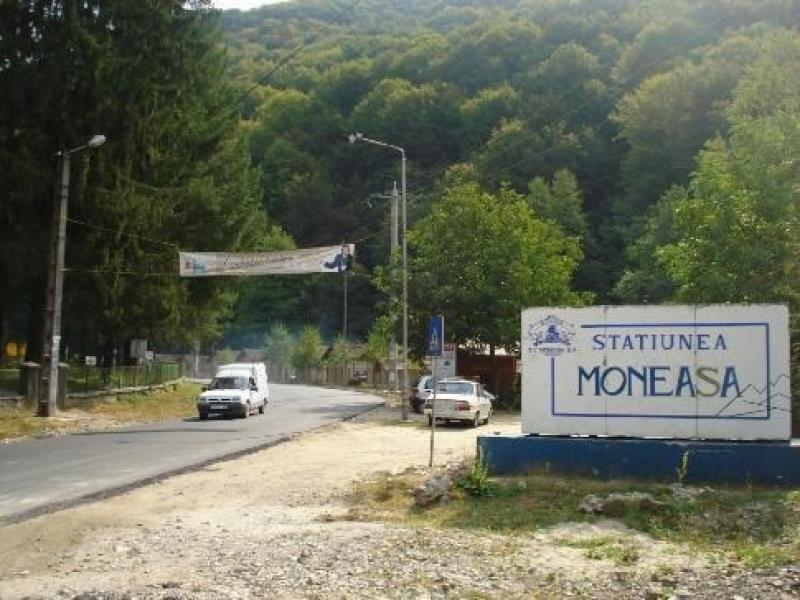 Aradul, umilit din nou! Moneasa, pe ultimul loc în țară în Master Planul de turism al Guvernului
