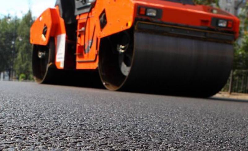 Calendarul asfaltărilor în Judeţul Arad. Află ce drumuri se repară în această săptămână!