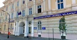 """Sesiune de admitere la Universitatea """"Aurel Vlaicu"""" din Arad"""