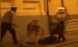 SCANDAL de proporţii în Poliţia Română! Un renumit medic a fost TÂRÂT pe jos de poliţişti în centrul Bucureştiului - VIDEO