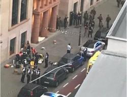 Teroare la Bruxelles! Un musulman înarmat cu o macetă a atacat doi soldaţi în centrul oraşului!