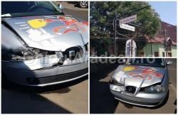 Carambol cu trei maşini la intersecţia străzilor Vicenţiu Babeş cu George Coşbuc  din Arad