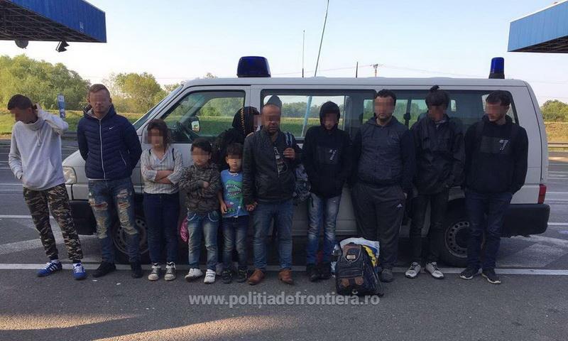 25 migranţi irakieni care intenţionau să treacă ilegal frontiera, depistaţi de poliţiştii de frontieră de la S.P.F. Nădlac