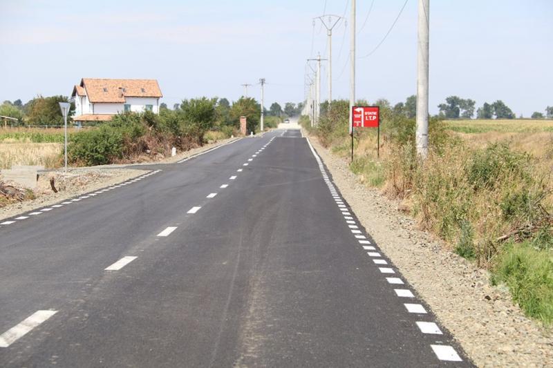 Consiliul Judeţean realizează marcaje rutiere în tot judeţul