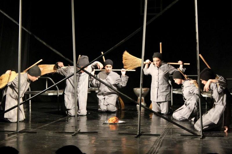 """13 zile de turneu European pentru trupa de teatru de amatori """"Ardalion"""" din Arad"""