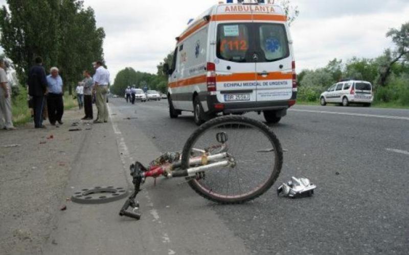 Dosar penal pentru o şoferiţă din Sântana care a accidentat un copil şi a părăsit locul faptei