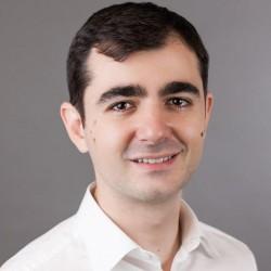 Claudiu Năsui, tânărul deputat care i-a dat ŞAH-MAT premierului Tudose în doar 5 minute! Guvernarea PSD-ALDE, demolată promisiune cu promisiune!
