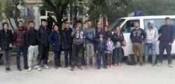 Peste 100 de migranți vor fi expulzaţi din România