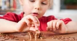 Propunerea de majorare a alocaţiei pentru copii de la 84 la 200 de lei, respinsă de Guvern