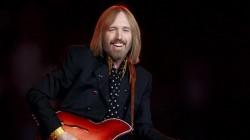Legenda muzicii rock americane, Tom Petty, a murit!