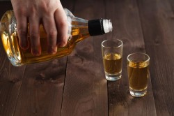 Alcoolul, interzis temporar în Centrul Aradului!