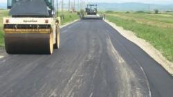 Reparaţii de toamnă şi realizare a marcajelor la drumurile judeţene din Arad